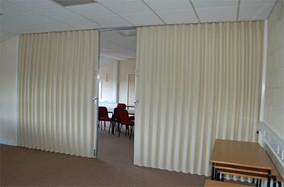 Single Or Bi Parting Fabric Partitions And Partitioning